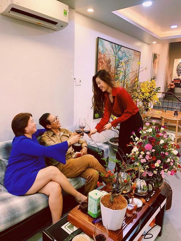 Gia thế khủng của tân hoa hậu Khánh Vân: Căn hộ sang chảnh, du lịch khắp nơi-3