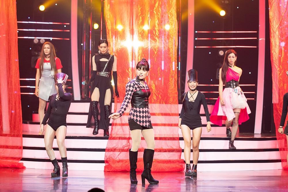 Thấy BB Trần nhảy đẹp hơn Hồ Ngọc Hà, Quang Linh trở thành fan, còn đòi đi xem diễn cho bằng được-2