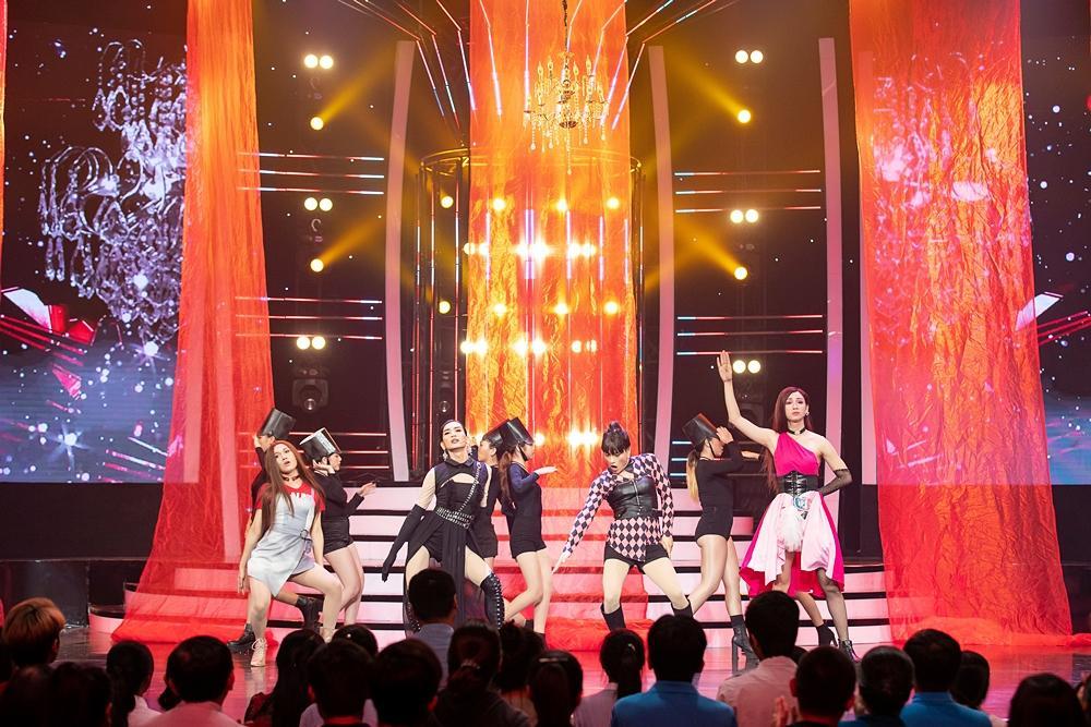 Thấy BB Trần nhảy đẹp hơn Hồ Ngọc Hà, Quang Linh trở thành fan, còn đòi đi xem diễn cho bằng được-3