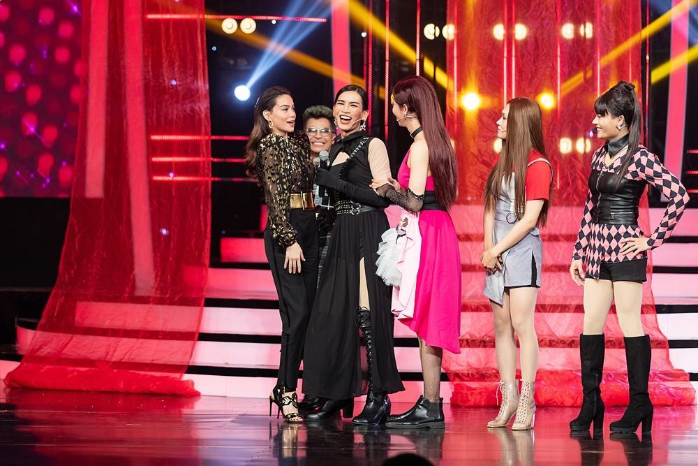 Thấy BB Trần nhảy đẹp hơn Hồ Ngọc Hà, Quang Linh trở thành fan, còn đòi đi xem diễn cho bằng được-4