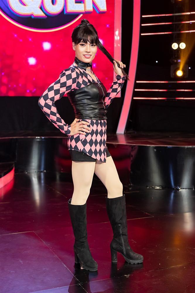 Thấy BB Trần nhảy đẹp hơn Hồ Ngọc Hà, Quang Linh trở thành fan, còn đòi đi xem diễn cho bằng được-5