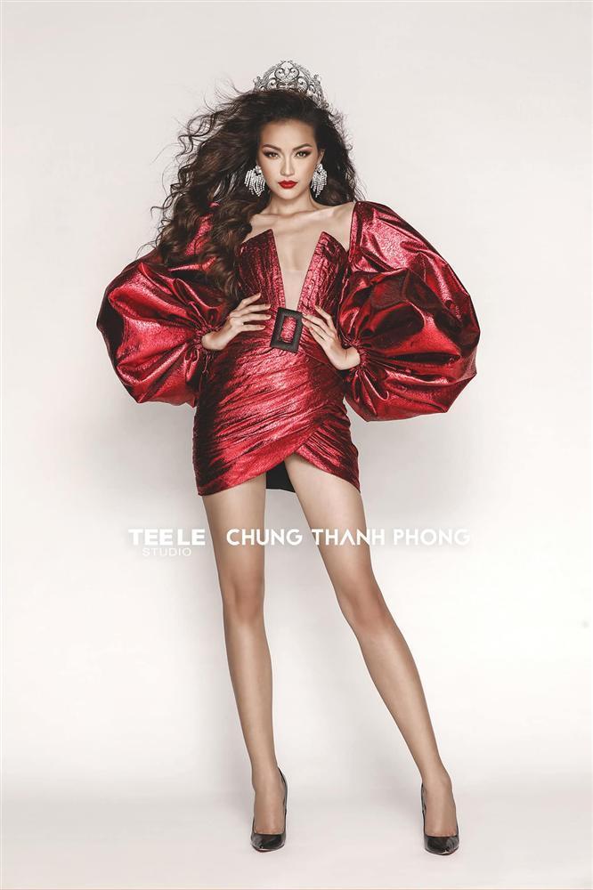 Hồ Ngọc Hà khoe vòng 1 lấn át cả Ngọc Trinh, chấp cả Hoa hậu Siêu quốc gia châu Á Ngọc Châu khi đụng hàng-4