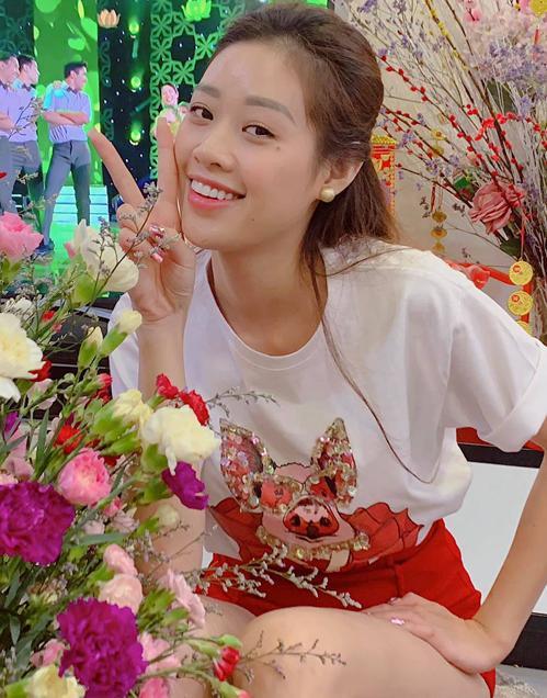 Nhan sắc ít son phấn của top 3 Hoa hậu Hoàn vũ Việt Nam-1