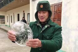 Video: Rét, nước trong chậu ở xã miền núi Nghệ An đóng băng