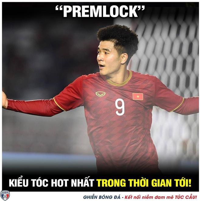 Tóc xoăn tít của Đức Chinh thành trend mới sau chiến thắng Campuchia-1