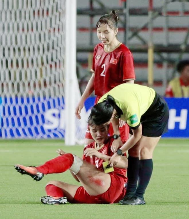 Dàn sao Việt tưng bừng ăn mừng chức vô địch SEA Games của tuyển bóng đá nữ Việt Nam-1