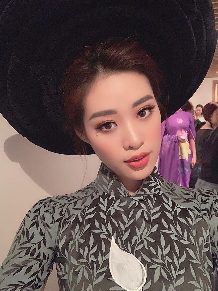 Thắng giải áo dài tại liên tiếp 3 cuộc thi nhan sắc, hoa hậu Khánh Vân diện Quốc phục Việt đẹp tới cỡ nào?-16