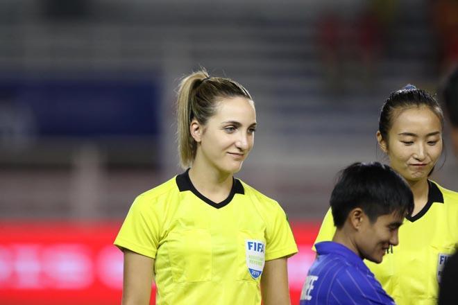 Nữ trọng tài được tìm kiếm sau chung kết bóng đá nữ SEA Games-5