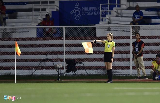 Nữ trọng tài được tìm kiếm sau chung kết bóng đá nữ SEA Games-1