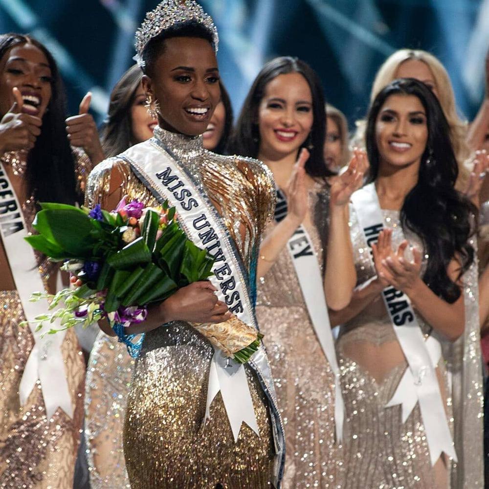 Nhan sắc độc và lạ của cô gái Nam Phi vừa đăng quang Hoa hậu Hoàn vũ 2019-5