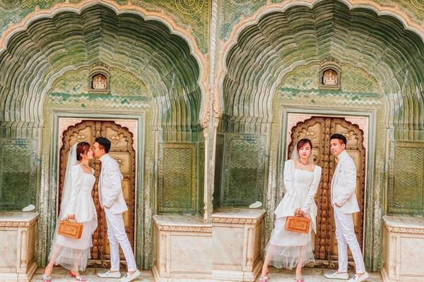 Sang tận Ấn Độ chụp ảnh cưới nhưng đôi guốc ngoại cỡ của vợ hai Minh Nhựa mới giật mọi spotlight-2