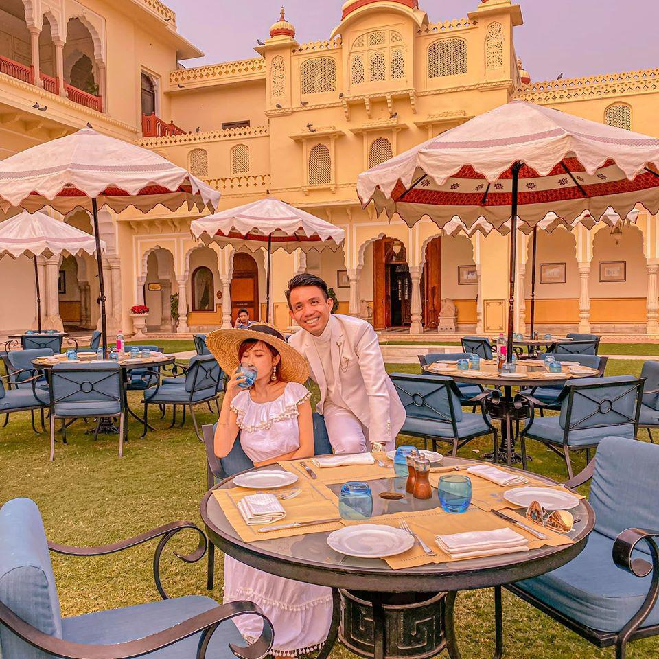 Sang tận Ấn Độ chụp ảnh cưới nhưng đôi guốc ngoại cỡ của vợ hai Minh Nhựa mới giật mọi spotlight-6