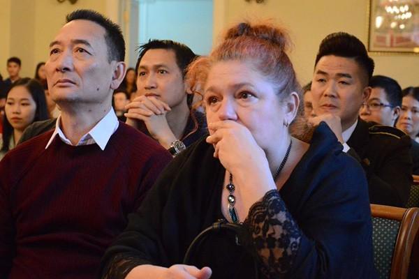 Câu chuyện tình yêu của bố thủ môn Đặng Văn Lâm dành cho người mẹ quốc tịch Nga làm ai cũng xúc động-2