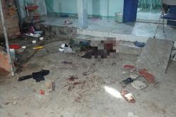Bắt 4 đối tượng trong vụ vợ tạt nước rửa cá trúng tường nhà hàng xóm, chồng bị truy sát chém chết