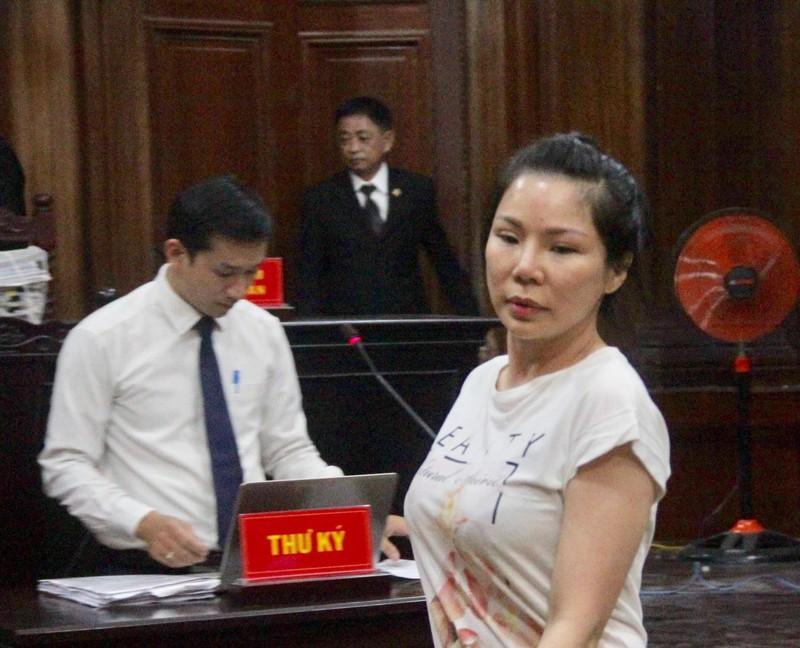 Tòa đình chỉ tranh chấp giữa bác sĩ Chiêm Quốc Thái và vợ cũ-2
