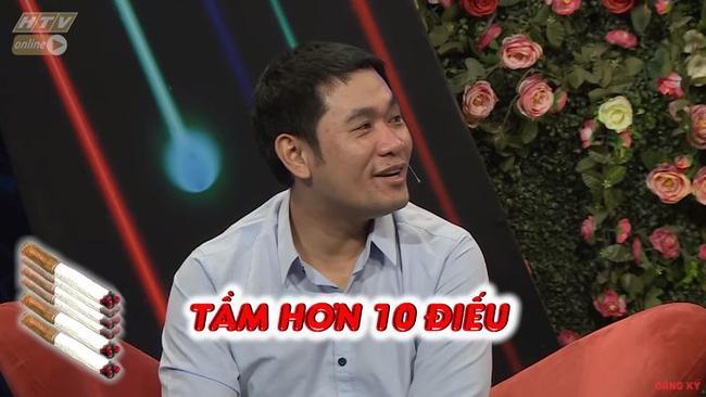 Chàng trai mang bún đậu mắm tôm đi tỏ tình bạn gái nhưng hành động của 2 MC Quyền Linh và Hồng Vân mới buồn cười-5