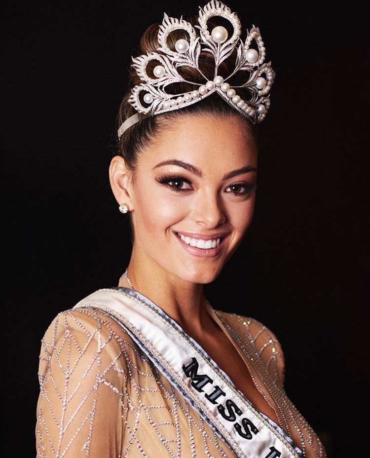 CHOÁNG NGỢP: Nam Phi đoạt 2 vương miện Hoa hậu Hoàn vũ chỉ trong vòng 3 năm-3