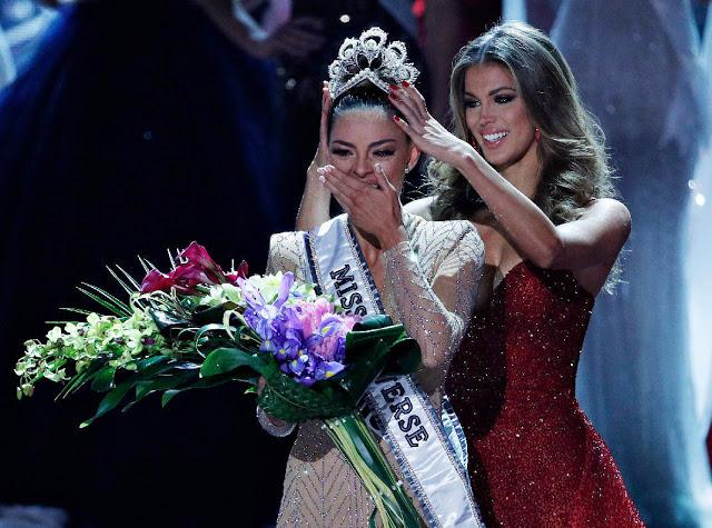 CHOÁNG NGỢP: Nam Phi đoạt 2 vương miện Hoa hậu Hoàn vũ chỉ trong vòng 3 năm-2