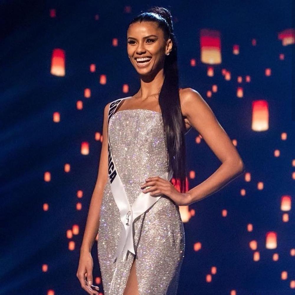 CHOÁNG NGỢP: Nam Phi đoạt 2 vương miện Hoa hậu Hoàn vũ chỉ trong vòng 3 năm-8