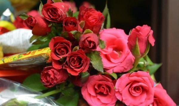 Cúng Rằm chọn đúng 5 loại hoa này, tiền tài tíu tít, buôn gì đắt nấy-3