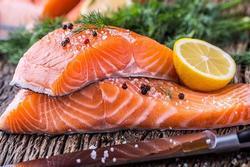 Cá hồi sốt tiêu chanh bổ dưỡng, dễ làm
