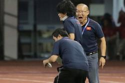Thầy Park 'giận tím người' với chính đội ngũ bác sĩ của U22 Việt Nam vì lý do đặc biệt