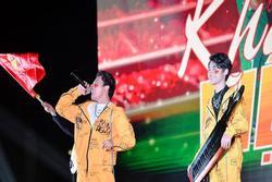 Jack và K-ICM nhảy cẫng ăn mừng khi U22 Việt Nam liên tiếp ghi bàn