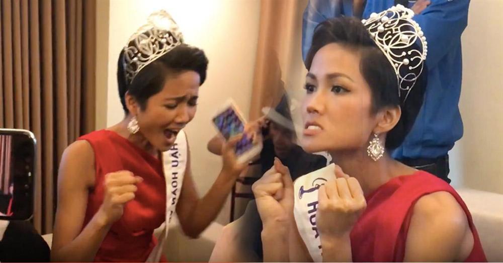 Hoa hậu bình dân HHen Niê để mặt mộc đi bão, ăn mặc giản dị đến mức khó nhận ra-13