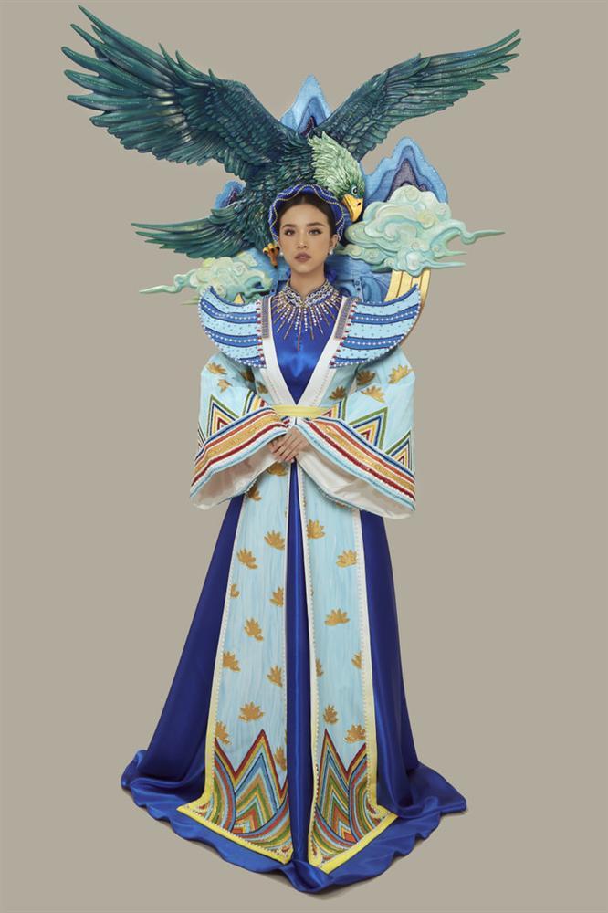 Thúy An mặc trang phục dân tộc lấy cảm hứng từ tích Thạch Sanh tại Miss Intercontinental 2019-2