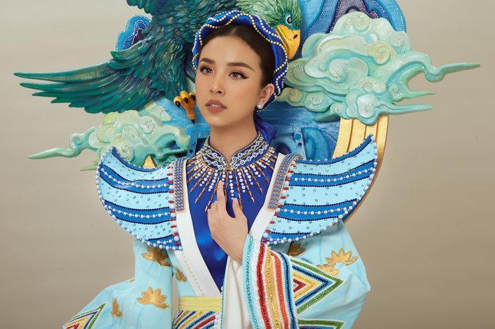 Thúy An mặc trang phục dân tộc lấy cảm hứng từ tích Thạch Sanh tại Miss Intercontinental 2019-4