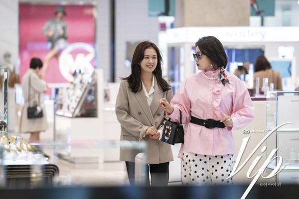 Hãy như Jang Nara: Mải mê tìm tiểu tam mê hoặc chồng nhưng vẫn không quên diện đồ công sở đẹp mê mẩn-5