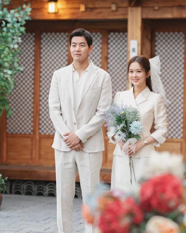 Hãy như Jang Nara: Mải mê tìm tiểu tam mê hoặc chồng nhưng vẫn không quên diện đồ công sở đẹp mê mẩn-9