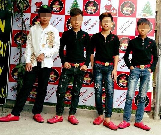 Đi dép lê giá 30 triệu đồng mà như hàng chợ, Phượng Chanel gợi nhớ trend giày đỏ dân chơi-5