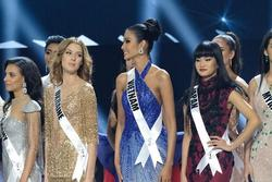 Ảnh hiếm của Hoàng Thùy tại chung kết Miss Universe 2019: Diện đầm đẹp nhưng không có cơ hội catwalk