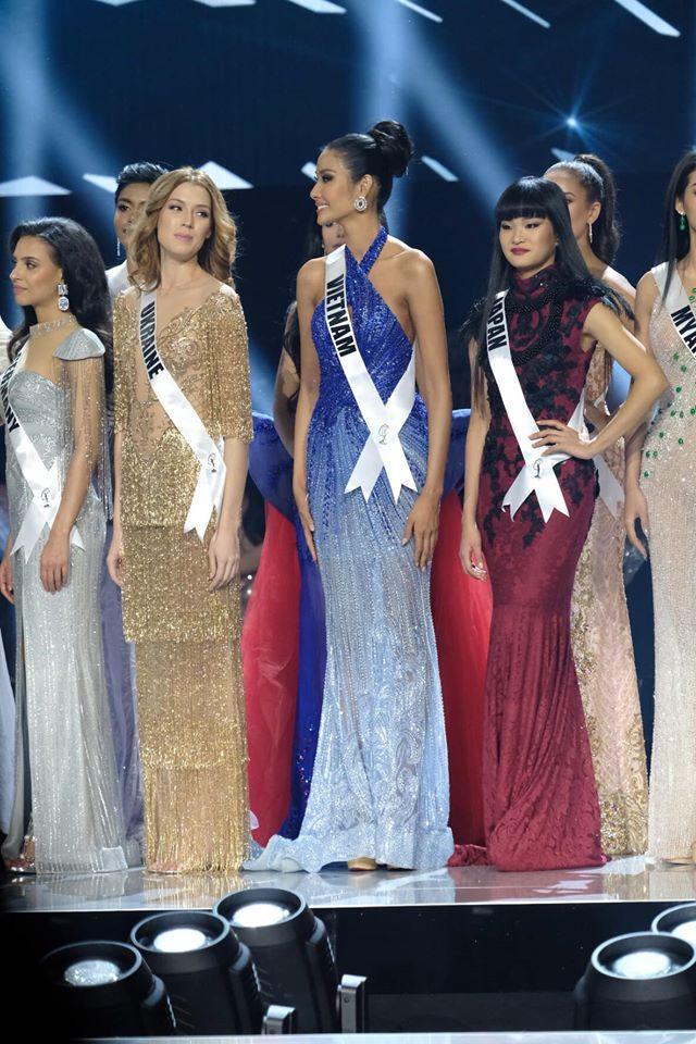 Ảnh hiếm của Hoàng Thùy tại chung kết Miss Universe 2019: Diện đầm đẹp nhưng không có cơ hội catwalk-6