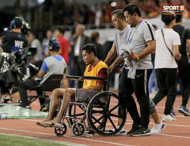 Khó tin với kết quả chấn thương của sao Indonesia phải ngồi xe lăn vì Văn Hậu-3