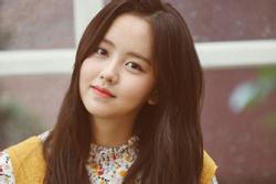 'Em gái mưa' Kim So Hyun tiết lộ sở thích đi xem phim một mình