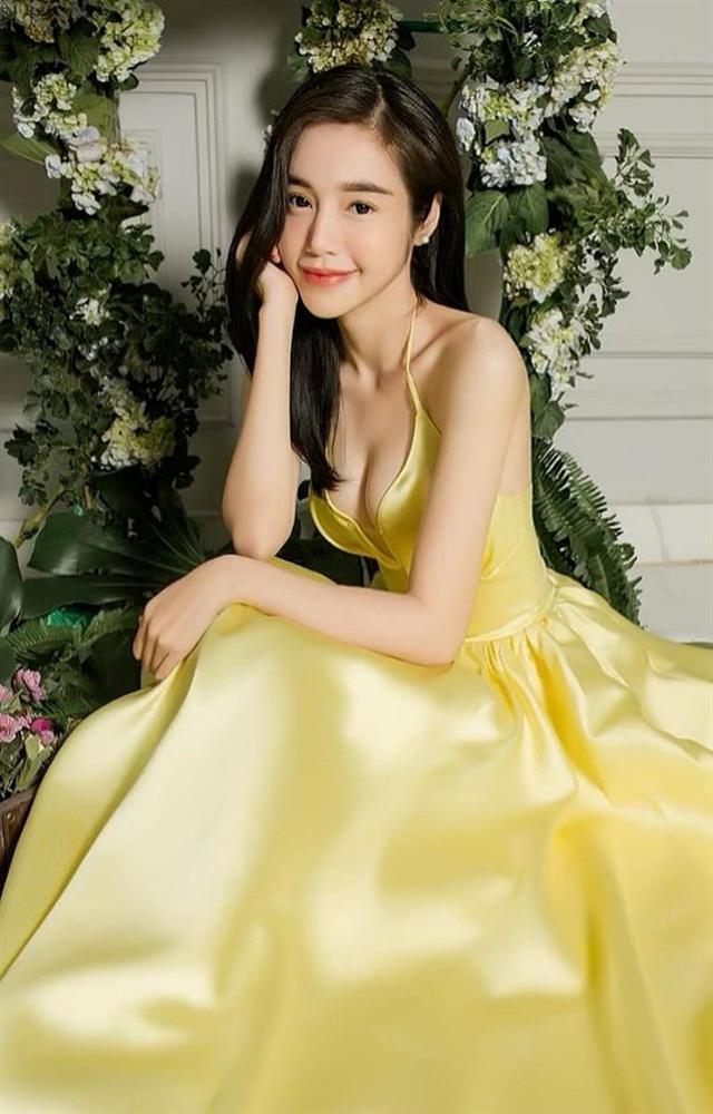 Elly Trần phản hồi tin đồn từng bỏ đoàn phim Việt Nam ra nước ngoài đóng phim người lớn-2