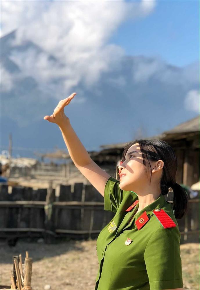 Cao Thái Hà cắn răng chịu rét đóng phim dưới thời tiết 4 độ C-2