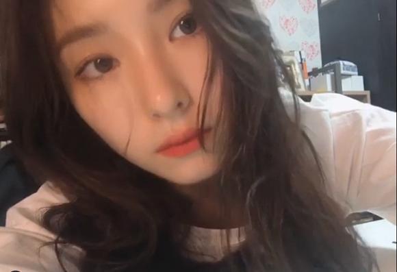 Nữ diễn viên bị ghét nhất Gia đình là số 1 lộ nhan sắc thật qua camera thường khiến netizen phải thốt lên: Không làm idol quá phí!-3