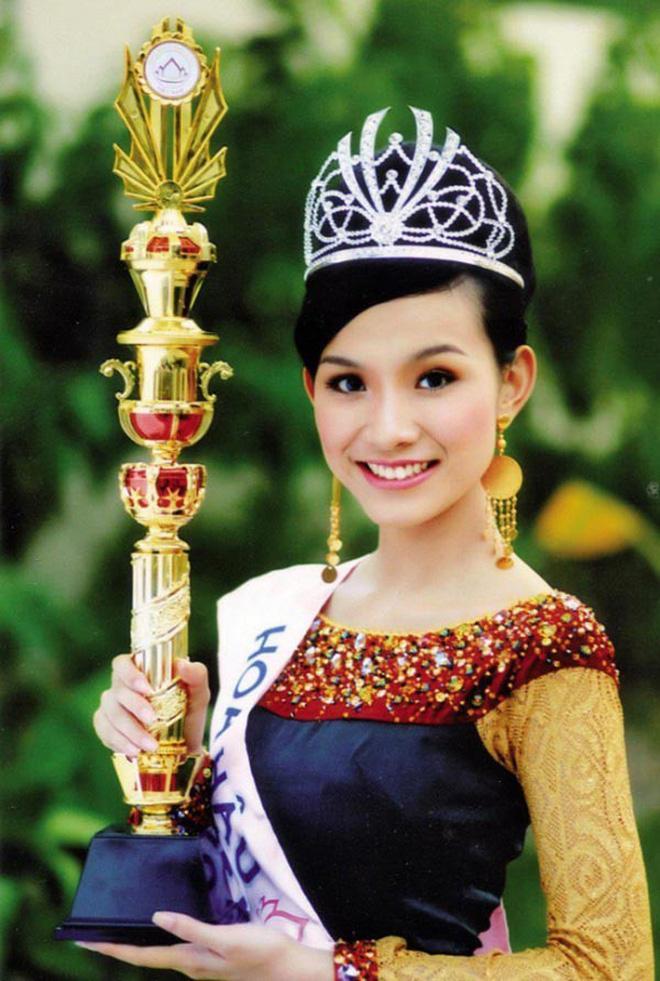 4 Hoa hậu Hoàn vũ Việt Nam trong lịch sử: Ai sở hữu mặt mộc xuất sắc nhất?-1