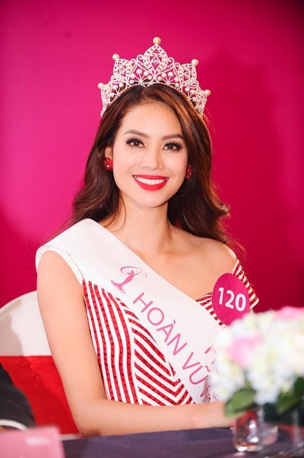 4 Hoa hậu Hoàn vũ Việt Nam trong lịch sử: Ai sở hữu mặt mộc xuất sắc nhất?-5