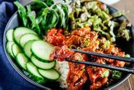 Thịt heo xào lá tía tô kiểu Hàn Quốc
