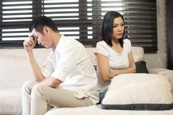 Nỗi ấm ức của người phụ nữ bị chồng đuổi ra khỏi nhà lúc đêm khuya
