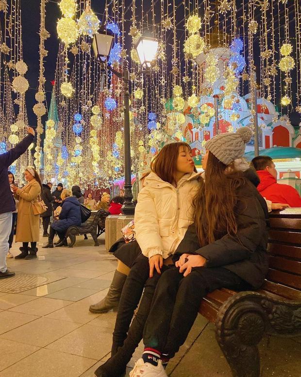 Yến Xuân thân thiết với em trai và em gái Văn Lâm tại Nga-3