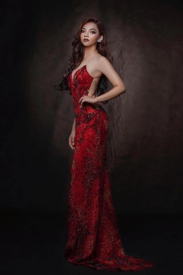 Váy núi lửa phun trào của Catriona Gray đạt kỷ lục là chiếc váy có nhiều phiên bản đạo nhái nhất 2019-8