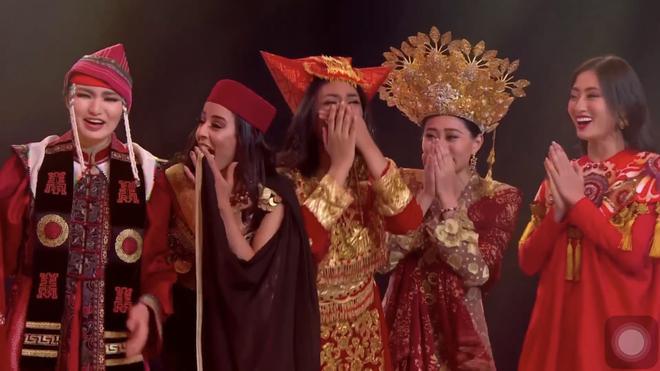 Lương Thùy Linh vào thẳng top 40 nhờ dự án nhân ái-2