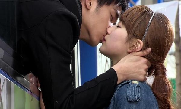 10 cảnh hôn hấp dẫn nhất màn ảnh Hàn thập kỷ qua-2