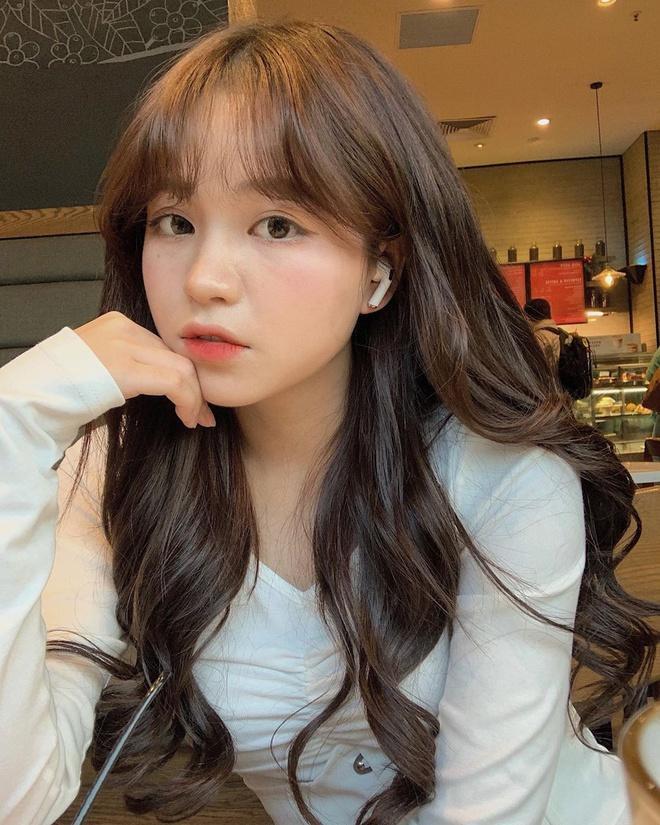 Nhan sắc 3 cô gái từng dính tin đồn hẹn hò với Quang Hải-6
