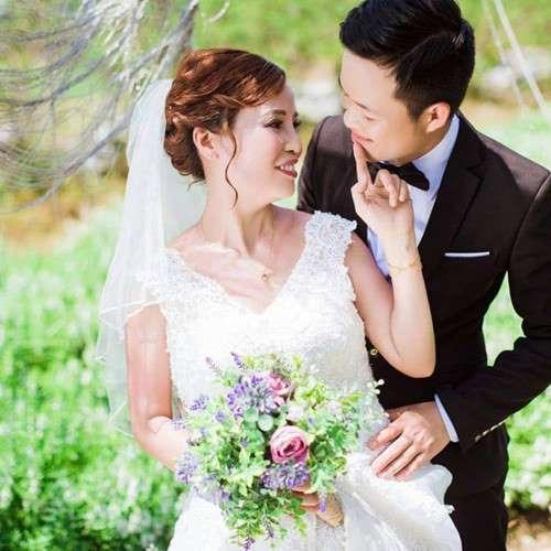 Cô dâu 62 tuổi chơi lớn chụp lại ảnh cưới, dân mạng chỉ săm soi ngoại hình sau thẩm mỹ của cặp đôi-4